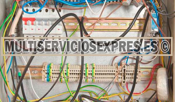 Electricistas baratos en Conil de la Frontera