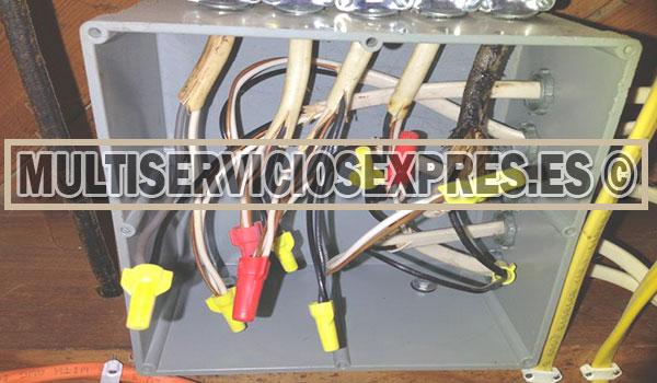 Electricistas baratos en Puerto Lumbreras