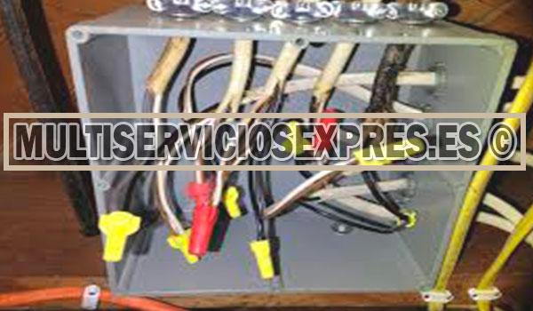 Electricistas urgentes en San Roque