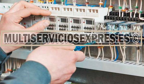Electricistas autorizados en Torrox