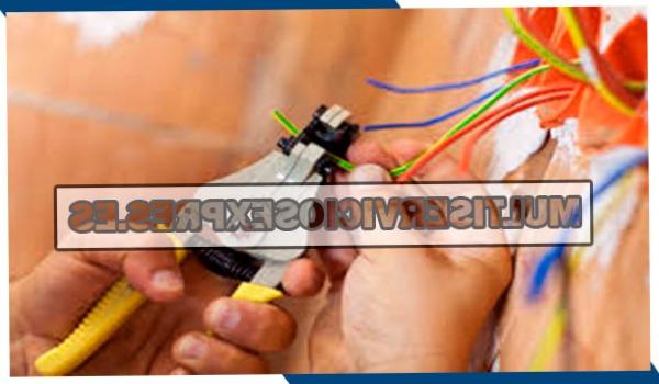 Electricistas 24 horas en Albatera